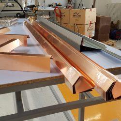 Kupfer-Dachrandprofil mit Aussenecken