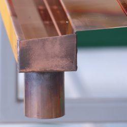 Kupfer Kastenrinne mit Einlaufblech